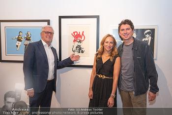 Icons of Pop and Street Art - Villa Bulfon, Velden - Do 22.07.2021 - Familie Gerald HARTINGER mit Kindern Lena und Julian HEIDRICH (L71