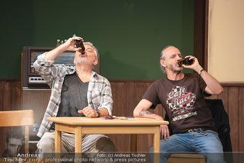 Bühnenfotos Ladies Night - Stadttheater Berndorf - Sa 24.07.2021 - Werner BRIX, Reinhold G. MORITZ8