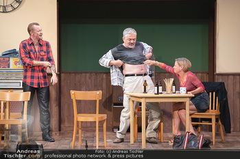 Bühnenfotos Ladies Night - Stadttheater Berndorf - Sa 24.07.2021 - Christoph VON FRIEDL, Werner BRIX, Kristina SPRENGER24
