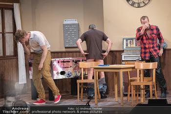 Bühnenfotos Ladies Night - Stadttheater Berndorf - Sa 24.07.2021 - Martin BERMOSER, Reinhold G. MORITZ, Christoph VON FRIEDL25