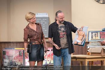 Bühnenfotos Ladies Night - Stadttheater Berndorf - Sa 24.07.2021 - Kristina SPRENGER, Reinhold G. MORITZ37