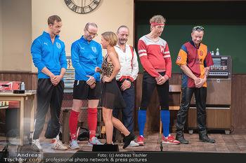 Bühnenfotos Ladies Night - Stadttheater Berndorf - Sa 24.07.2021 - HÖFNER, KOLAR, SPRENGER, MORITZ, BERMOSER, VON FRIEDL57