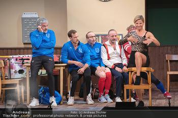 Bühnenfotos Ladies Night - Stadttheater Berndorf - Sa 24.07.2021 - W BRIX, T HÖFNER, R KOLAR, R MORITZ, M BERMOSER, Kristina SPREN62