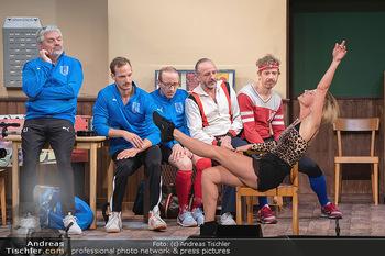 Bühnenfotos Ladies Night - Stadttheater Berndorf - Sa 24.07.2021 - W BRIX, T HÖFNER, R KOLAR, R MORITZ, M BERMOSER, Kristina SPREN66
