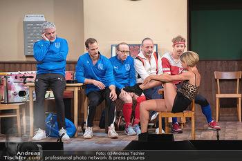Bühnenfotos Ladies Night - Stadttheater Berndorf - Sa 24.07.2021 - W BRIX, T HÖFNER, R KOLAR, R MORITZ, M BERMOSER, Kristina SPREN67