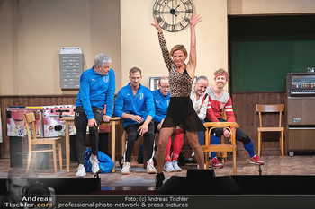 Bühnenfotos Ladies Night - Stadttheater Berndorf - Sa 24.07.2021 - W BRIX, T HÖFNER, R KOLAR, R MORITZ, M BERMOSER, Kristina SPREN69