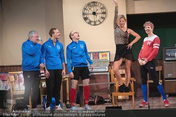 Bühnenfotos Ladies Night - Stadttheater Berndorf - Sa 24.07.2021 - W BRIX, T HÖFNER, R KOLAR, M BERMOSER, Kristina SPRENGER77