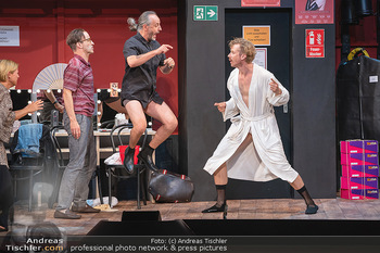 Bühnenfotos Ladies Night - Stadttheater Berndorf - Sa 24.07.2021 - Robert KOLAR, Reinhold G. MORITZ, Martin BERMOSER142