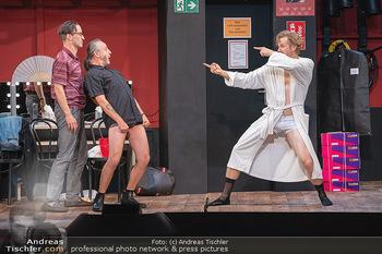 Bühnenfotos Ladies Night - Stadttheater Berndorf - Sa 24.07.2021 - Robert KOLAR, Reinhold G. MORITZ, Martin BERMOSER145
