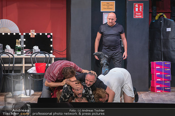 Bühnenfotos Ladies Night - Stadttheater Berndorf - Sa 24.07.2021 - R KOLAR, T HÖFNER, R MORITZ, C VON FRIEDL, M BERMOSER, C FÄLBL162