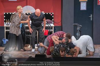 Bühnenfotos Ladies Night - Stadttheater Berndorf - Sa 24.07.2021 - K SPRENGER, R KOLAR, T HÖFNER, R MORITZ, C VON FRIEDL, M BERMOS165