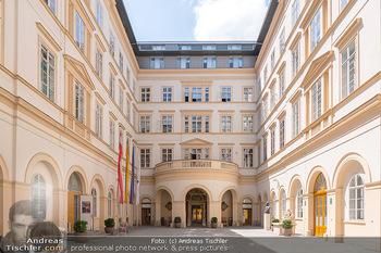 Ehrung Michael Garschall - Palais NÖ, Wien - Mi 28.07.2021 - Innenhof Palais Niederösterreich2