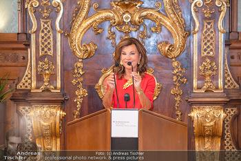 Ehrung Michael Garschall - Palais NÖ, Wien - Mi 28.07.2021 - Brigitte BIERLEIN während der Laudatio7