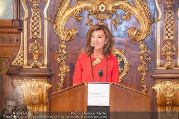 Ehrung Michael Garschall - Palais NÖ, Wien - Mi 28.07.2021 - Brigitte BIERLEIN während der Laudatio8