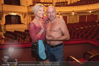 Premiere Ladies Night - Stadttheater Berndorf - Do 05.08.2021 - Kristina SPRENGER, Christoph FÄLBL11