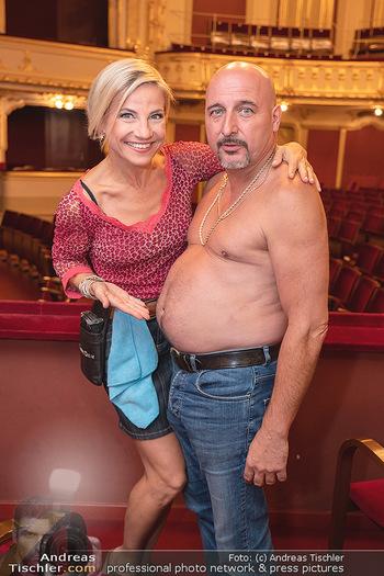 Premiere Ladies Night - Stadttheater Berndorf - Do 05.08.2021 - Kristina SPRENGER, Christoph FÄLBL14