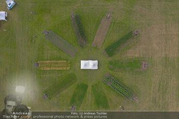 Biofeldtage Tag 1 - Seehof, Donnerskirchen - Fr 06.08.2021 - Übersichtsfoto Luftbild Messegelände von oben, Landschaft, Aus363