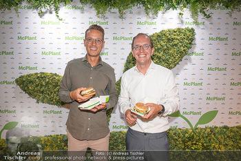 McPlant Präsentation - McDonalds Schwedenplatz - Mo 16.08.2021 - Benedikt BÖCKER, Nikolaus PIZA6