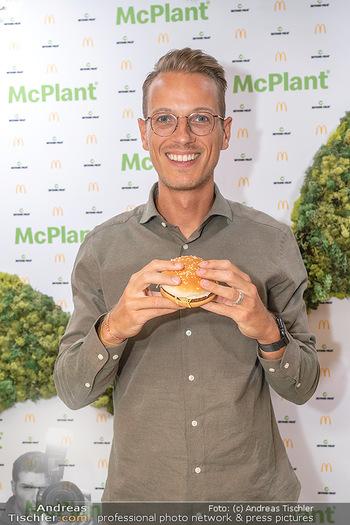 McPlant Präsentation - McDonalds Schwedenplatz - Mo 16.08.2021 - Benedikt BÖCKER9