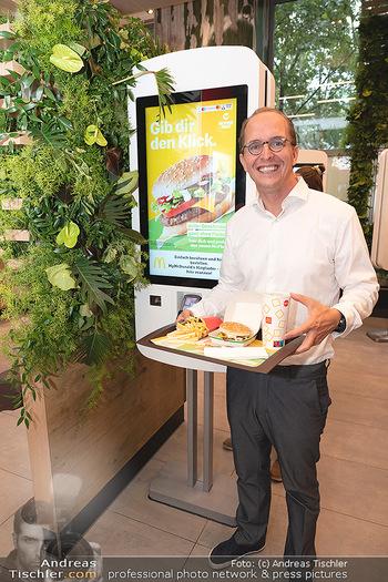 McPlant Präsentation - McDonalds Schwedenplatz - Mo 16.08.2021 - Nikolaus PIZA20
