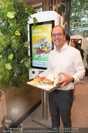 McPlant Präsentation - McDonalds Schwedenplatz - Mo 16.08.2021 - Nikolaus PIZA21