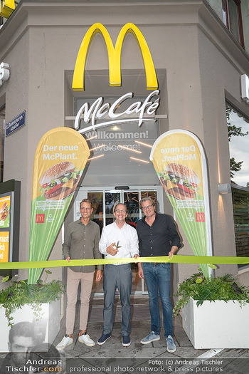 McPlant Präsentation - McDonalds Schwedenplatz - Mo 16.08.2021 - Benedikt BÖCKER, Nikolaus PIZA, Andreas SCHWERLA23
