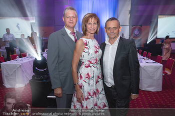 Miss Europe Wahl - Pyramide Vösendorf - Sa 21.08.2021 - Christa und Otto KÖRMER, Heimo TURIN36