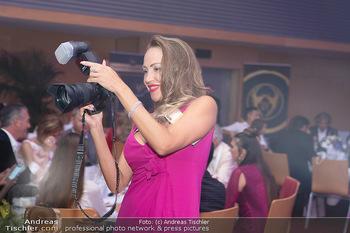 Miss Europe Wahl - Pyramide Vösendorf - Sa 21.08.2021 - Ekaterina MUCHA mit Kamera37