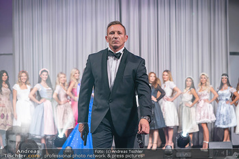 Miss Europe Wahl - Pyramide Vösendorf - Sa 21.08.2021 - James BOND Daniel CRAIG Double Max FRAISL57