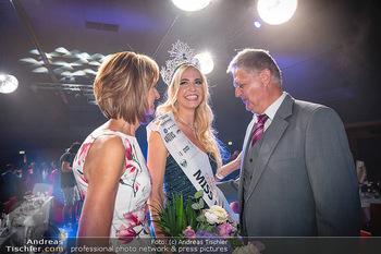 Miss Europe Wahl - Pyramide Vösendorf - Sa 21.08.2021 - Miss Europe Beatrice KÖRMER mit Eltern Christa und Otto KÖRMER287