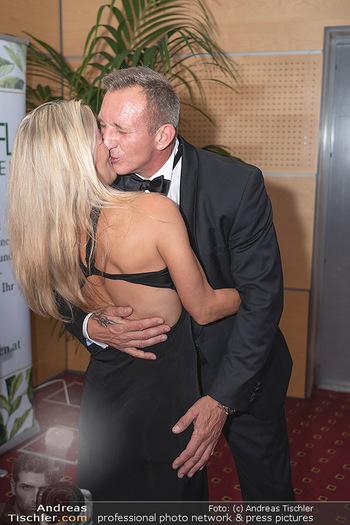Miss Europe Wahl - Pyramide Vösendorf - Sa 21.08.2021 - James BOND Daniel CRAIG Double Max FRAISL mit Ehefrau293