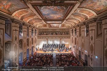 Haydn Gala - Schloss Esterhazy, Eisenstadt - So 22.08.2021 - Haydnsaal mit Publikum von oben58