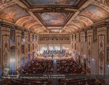 Haydn Gala - Schloss Esterhazy, Eisenstadt - So 22.08.2021 - Haydnsaal mit Publikum von oben59