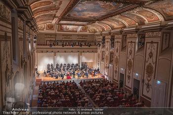 Haydn Gala - Schloss Esterhazy, Eisenstadt - So 22.08.2021 - Haydnsaal mit Publikum von oben61