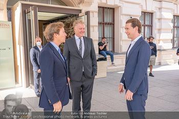 Sebastian Kurz Privatführung - Albertina, Wien - Mo 23.08.2021 - Trevor Dow TRAINA, Klaus Albrecht SCHRÖDER, Sebastian KURZ21
