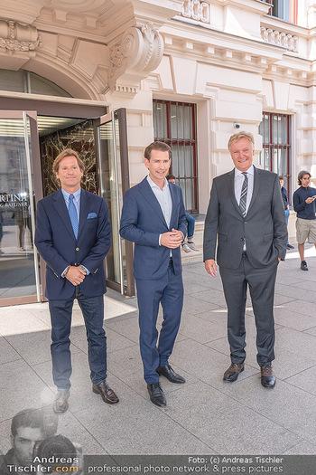 Sebastian Kurz Privatführung - Albertina, Wien - Mo 23.08.2021 - Trevor Dow TRAINA, Klaus Albrecht SCHRÖDER, Sebastian KURZ25