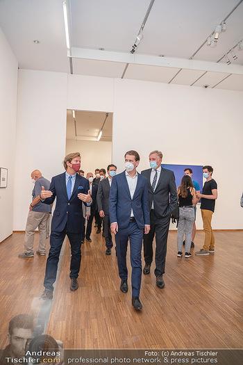 Sebastian Kurz Privatführung - Albertina, Wien - Mo 23.08.2021 - Trevor Dow TRAINA, Klaus Albrecht SCHRÖDER, Sebastian KURZ51