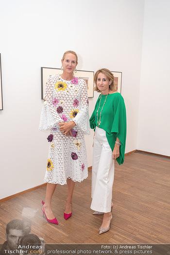 Ausstellungseröffnung american photography - Albertina, Wien - Mo 23.08.2021 - Eva DICHAND, Alexandra Ali GÜRTLER56