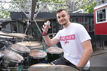 Borotalco Weltrekord - Riesenrad, Wien - Do 26.08.2021 - Drummer Erich BLIE auf der Plattform am Riesenrad, Blick über W60