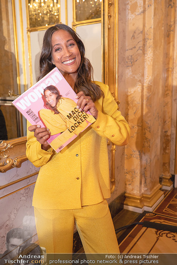 20 Jahre Woman - Palais Coburg - Do 26.08.2021 - Rabea SCHIF mit ihr selbst am Cover der WOMAN50
