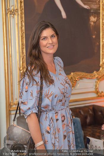 20 Jahre Woman - Palais Coburg - Do 26.08.2021 - Anna HUBER95