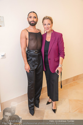 20 Jahre Woman - Palais Coburg - Do 26.08.2021 - CONCHITA (Tom Neuwirth, Wurst), Euke FRANK217