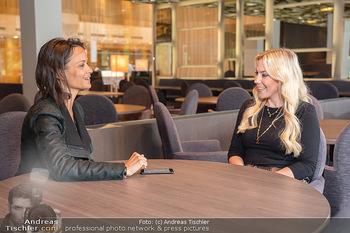Interview mit LaFee - Radisson Blue Hotel - Di 31.08.2021 - LaFee (Christina KLEIN) interviewt von Romina COLERUS14
