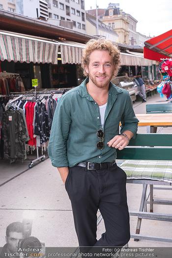 Interview Nathan Trent - Naschmarkt, Wien - Mi 01.09.2021 - Nathan TRENT7
