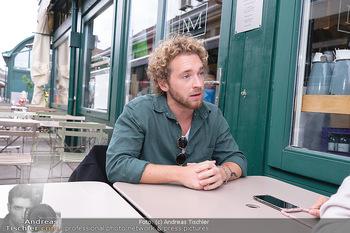 Interview Nathan Trent - Naschmarkt, Wien - Mi 01.09.2021 - Nathan TRENT19