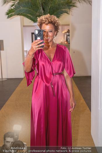 Duftstars Awards Gala - MQ Halle E, Wien - Do 02.09.2021 - Arabella KIESBAUER6