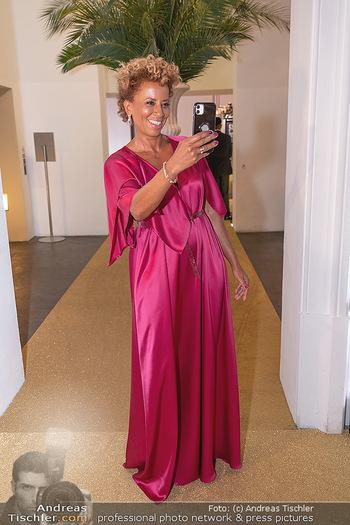 Duftstars Awards Gala - MQ Halle E, Wien - Do 02.09.2021 - Arabella KIESBAUER8