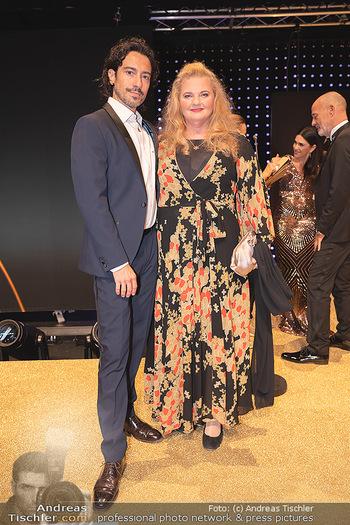 Duftstars Awards Gala - MQ Halle E, Wien - Do 02.09.2021 - Stefano BERNARDIN, Ulrike BEIMPOLD11