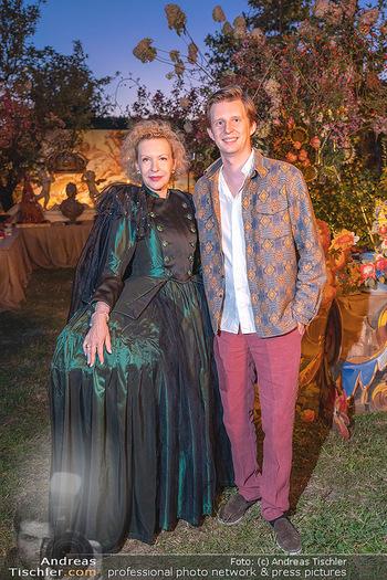 Rencontre a la campagne - Gery Keszlers Bauernhof, Burgenland - Sa 04.09.2021 - Sunnyi MELLES mit Sohn Constantin SAYN-WITTGENSTEIN42