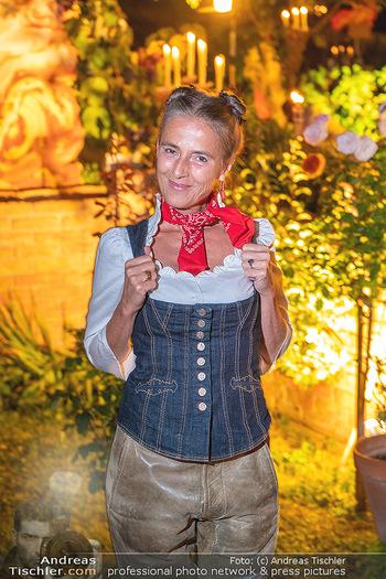 Rencontre a la campagne - Gery Keszlers Bauernhof, Burgenland - Sa 04.09.2021 - Mercedes ECHERER63